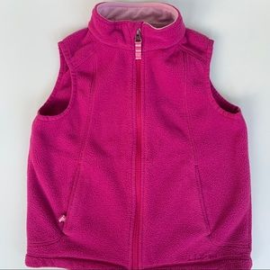 LL bean kids fleeece vest size 6-7 in fuschia